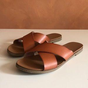ABOUND | crossover sandals